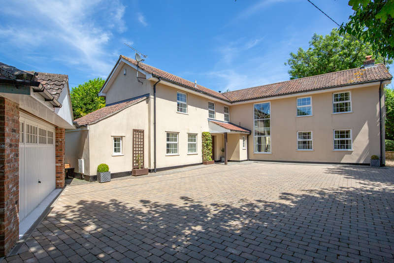 4 Bedrooms Detached House for sale in Chilcompton