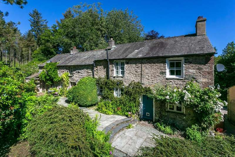 4 Bedrooms Detached House for sale in School Ellis, The Hill, Millom, Cumbria LA18 5JW
