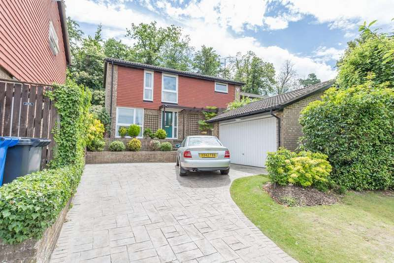 4 Bedrooms Detached House for sale in UNIQUE PLOT. CAVENDISH MEADS, SUNNINGHILL, ASCOT, BERKSHIRE, SL5 9TD