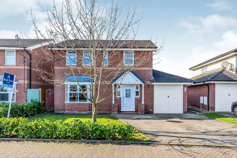 4 Bedrooms Detached House for sale in Bunbury Close, Middlewich, Cheshire, CW10