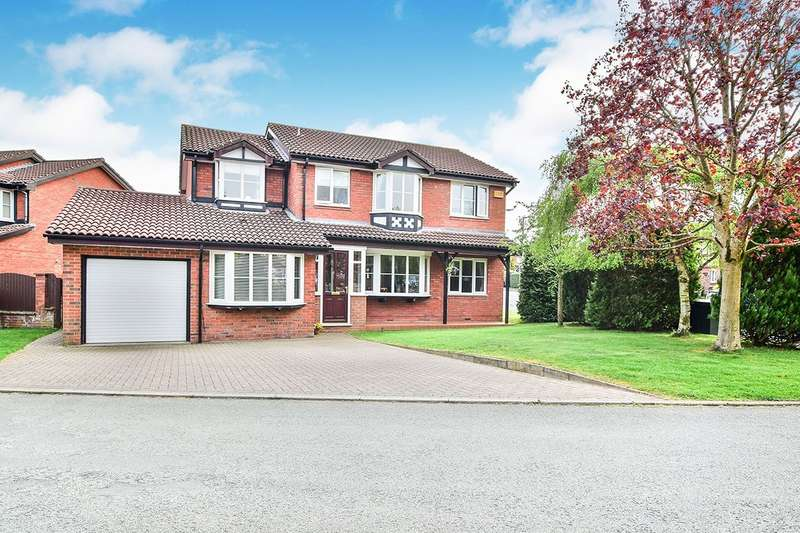 4 Bedrooms Detached House for sale in Alveston Close, Macclesfield, Cheshire, SK10