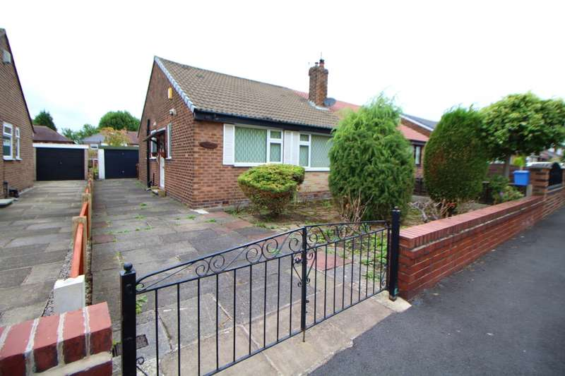 2 Bedrooms Semi Detached Bungalow for sale in Brentford Road, South Reddish, Stockport, Cheshire, SK5