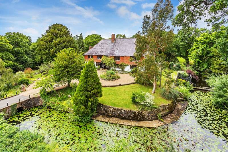6 Bedrooms Detached House for sale in Rookery Lane, Smallfield, Horley, Surrey, RH6