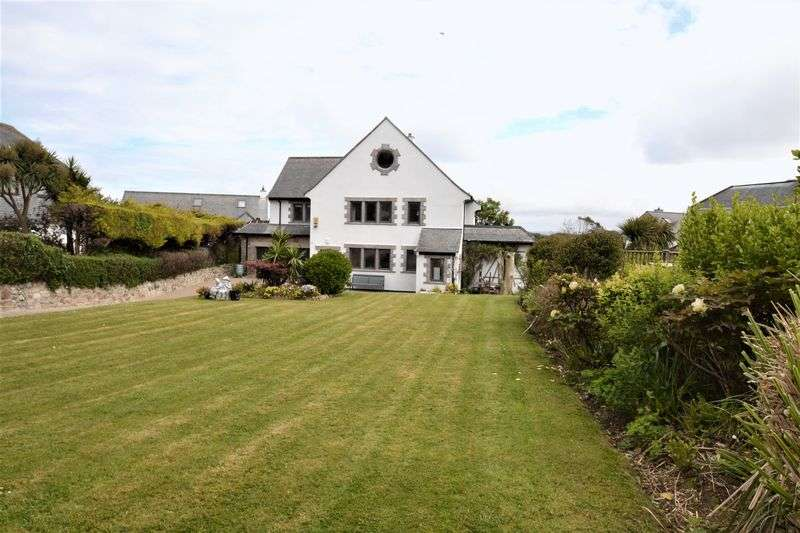 4 Bedrooms Property for sale in Bahavella Drive, St. Ives