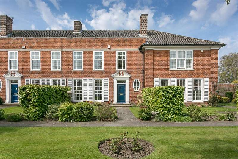 4 Bedrooms Terraced House for sale in Arlington Court, Kenton Avenue, Gosforth, Newcastle upon Tyne