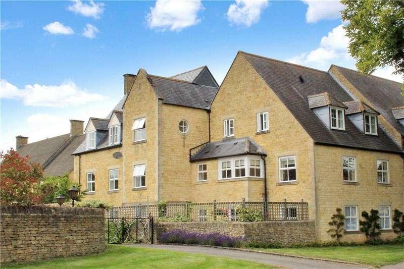 2 Bedrooms Flat for sale in University Farm, Moreton-In-Marsh, Gloucestershire, GL56