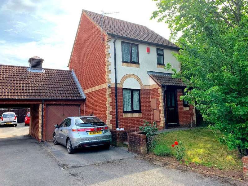 3 Bedrooms Detached House for sale in Clay Bottom, Clay Bottom, Bristol