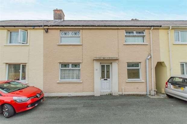 3 Bedrooms Terraced House for sale in Heol Y Felin, Goodwick, Pembrokeshire