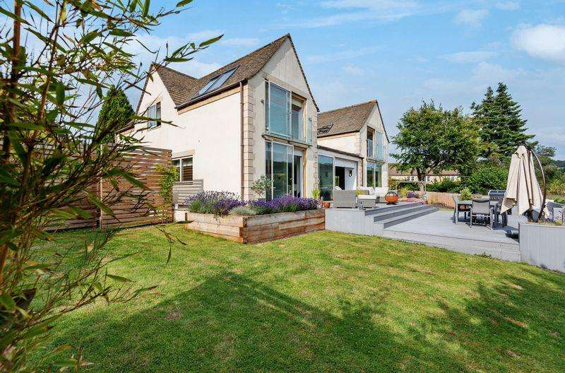 4 Bedrooms Detached House for sale in Queens Mead, Painswick