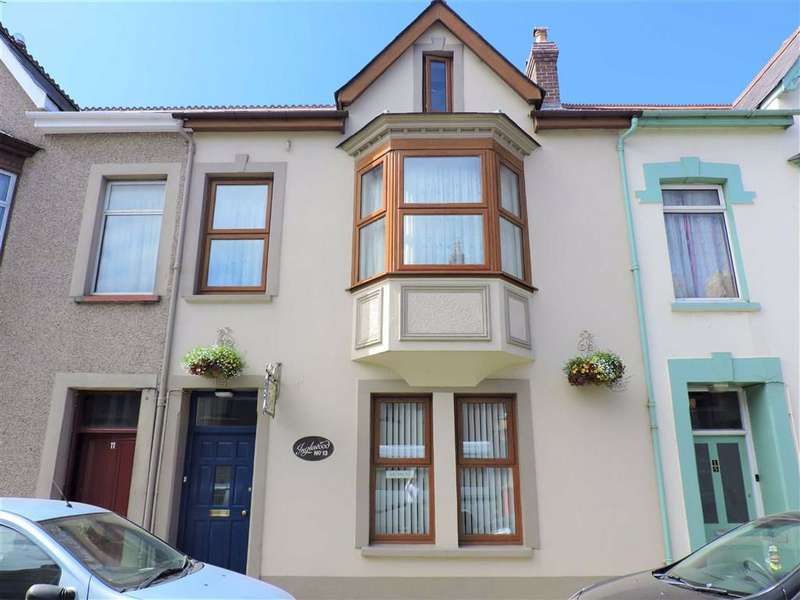 5 Bedrooms Terraced House for sale in Vergam Terrace, Fishguard