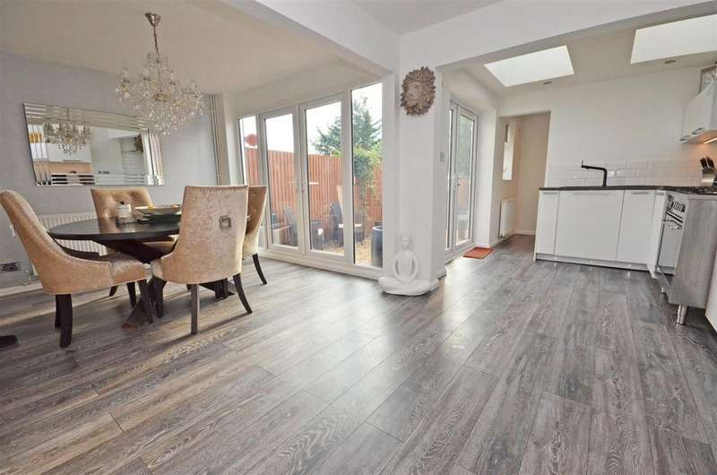 3 Bedrooms Terraced House for sale in Washbrook Close, Barton-Le-Clay