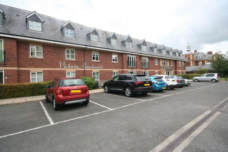 2 Bedrooms Flat for sale in Park Road North, Middlesbrough, TS1