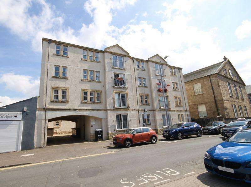 2 Bedrooms Flat for sale in Fort Street, Ayr