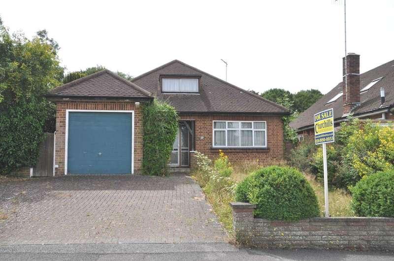 2 Bedrooms Bungalow for sale in Richfield Road, Bushey Heath