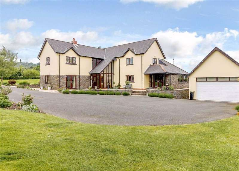 5 Bedrooms Detached House for sale in Mountain Road, Rogerstone, Newport