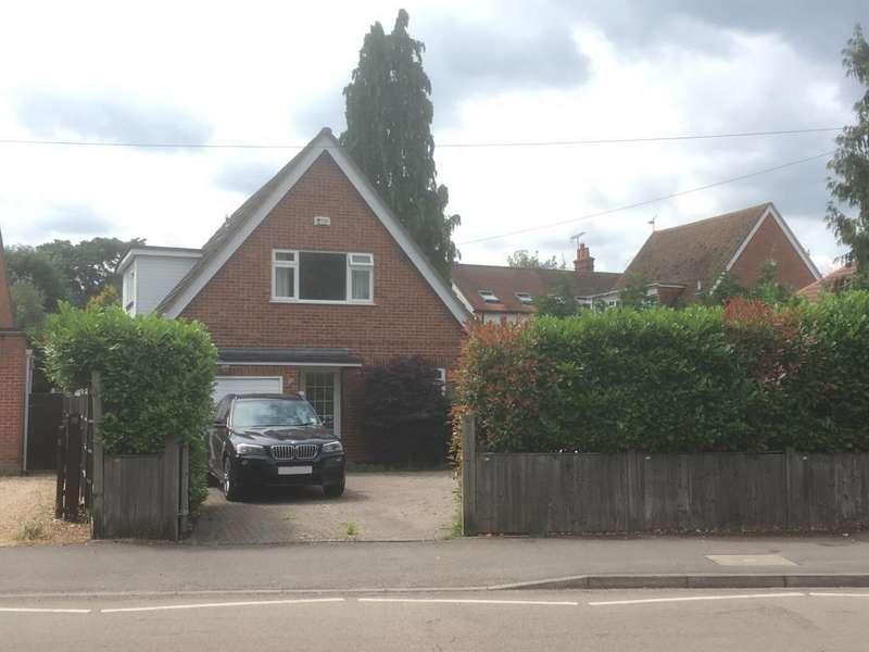 3 Bedrooms Detached House for sale in Molly Millars Lane, Wokingham, RG41