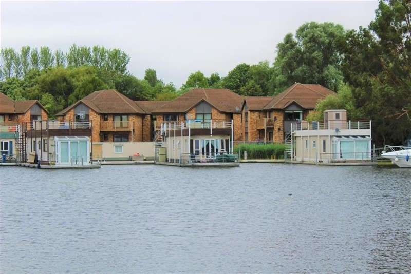 1 Bedroom Property for sale in East Pontoon, Wyton, Huntingdon, Cambridgeshire, Wyton, Huntingdon, Cambridgeshire, ,, PE28 2AA