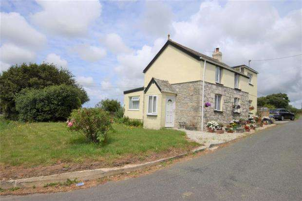 3 Bedrooms Detached House for sale in Quoit, St. Columb, Cornwall