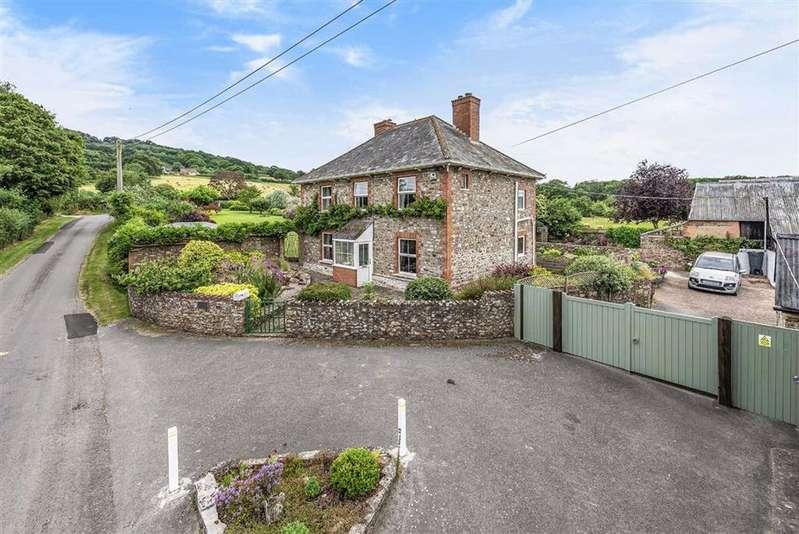 4 Bedrooms Detached House for sale in Blackmoor, West Buckland, Wellington, Somerset, TA21