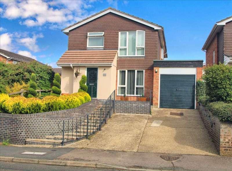 4 Bedrooms Detached House for sale in Blackbrook Road, Great Horksley, Colchester