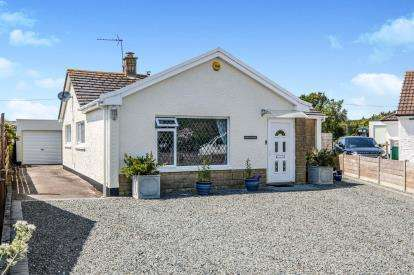 2 Bedrooms Bungalow for sale in Treknow, Tintagel, Cornwall