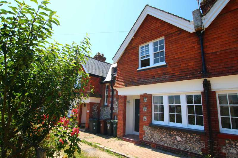 2 Bedrooms Terraced House for sale in 4 The Village, Meads, Eastbourne BN20 7RD