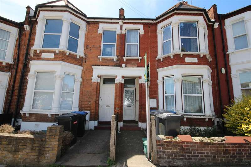 3 Bedrooms Flat for sale in Leghorn Road, London