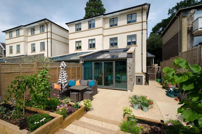 5 Bedrooms End Of Terrace House for rent in Redwood, Stoke Park Road South, BS9