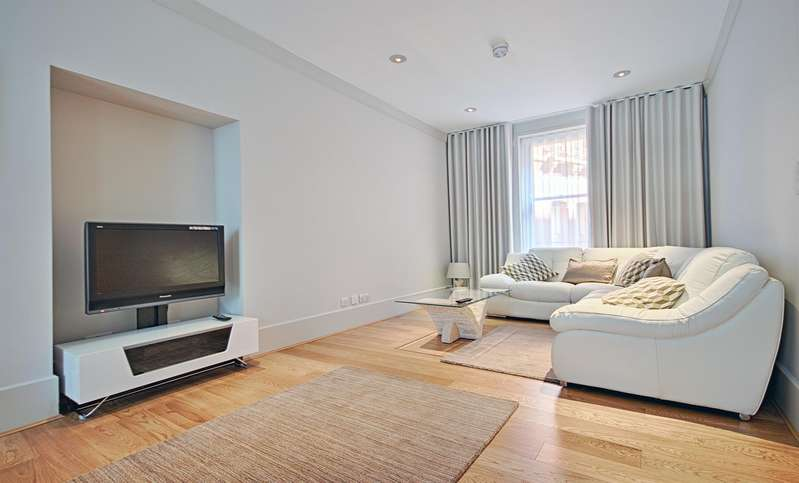 2 Bedrooms Flat for sale in Artillery Mansions, 75 Victoria Street, Westminster, London SW1H
