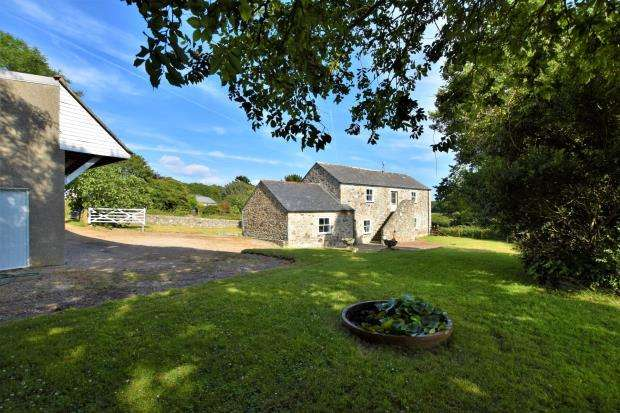 4 Bedrooms Detached House for sale in Crowlas, Penzance, Cornwall