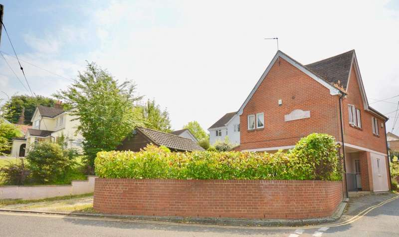 4 Bedrooms Detached House for sale in Alexandra Road, Sible Hedingham, CO9
