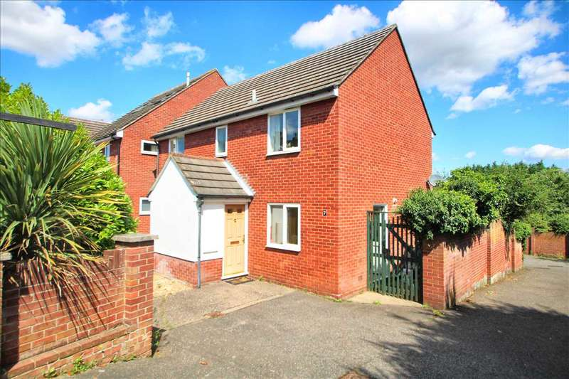 4 Bedrooms Detached House for sale in Halstead Road, Lexden, Colchester