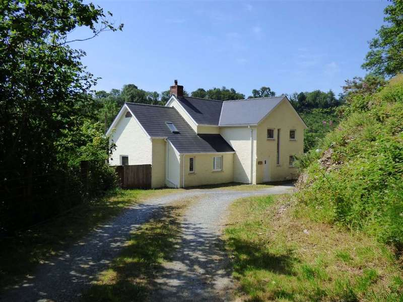 4 Bedrooms Property for sale in Cwmduad, Carmarthen