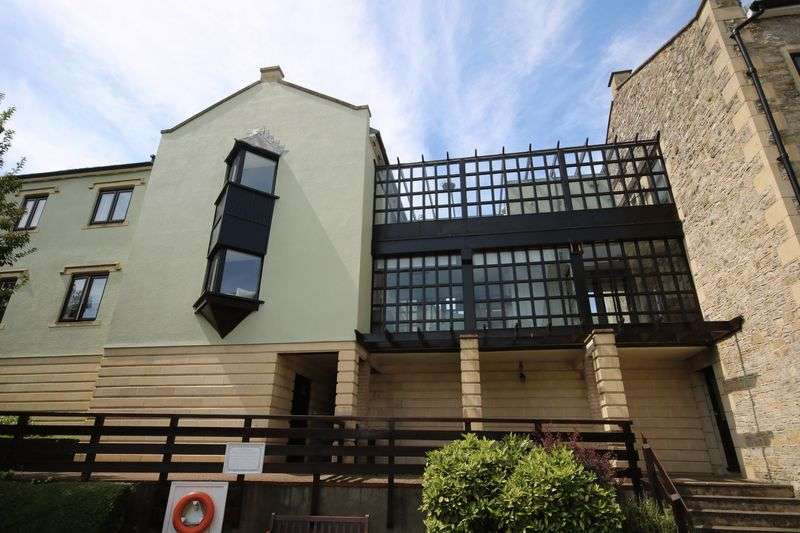 2 Bedrooms Property for sale in Victoria House, Dapps Hill, Keynsham