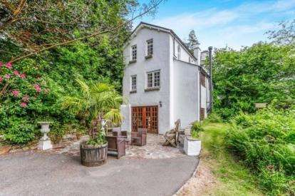 4 Bedrooms Detached House for sale in Tavistock, Tollhouse, Gulworthy