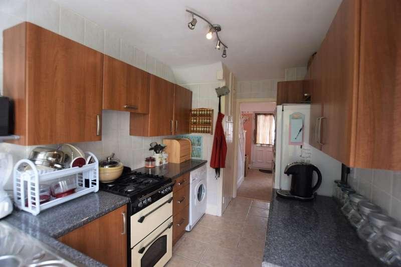 3 Bedrooms Semi Detached House for sale in Westfield Way, Newport, NP20