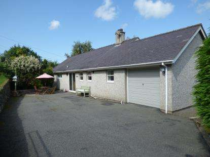 4 Bedrooms Bungalow for sale in Hafod, Dob, Tregarth, Bangor, LL57