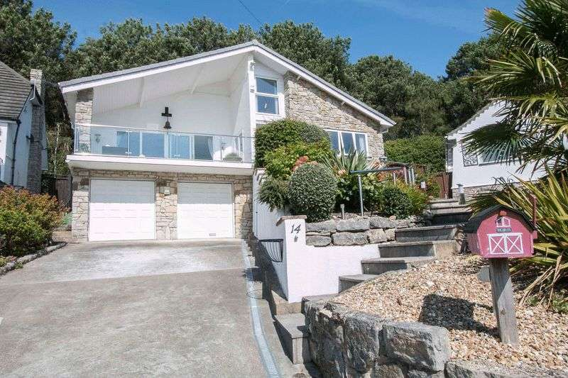 4 Bedrooms Property for sale in Woodbury Close, Christchurch