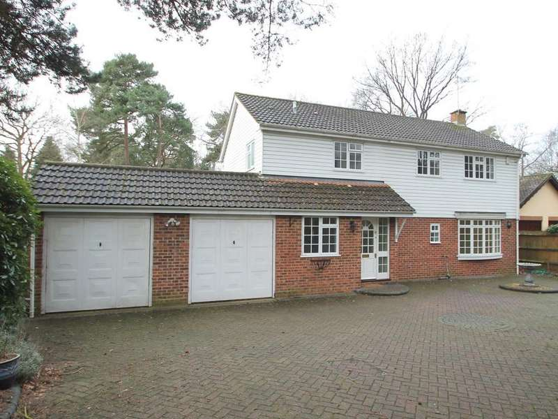 4 Bedrooms Detached House for rent in Park Avenue, Camberley, GU15