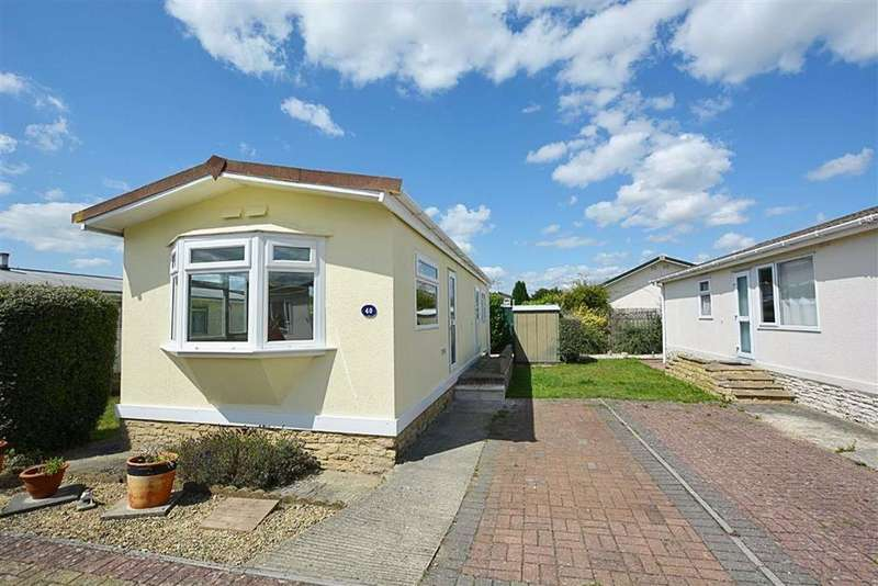1 Bedroom Mobile Home for sale in Quedgeley