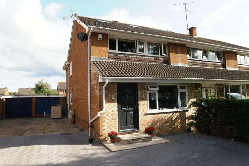 4 Bedrooms Semi Detached House for rent in Renault Road, Woodley, Reading, RG5 4EY