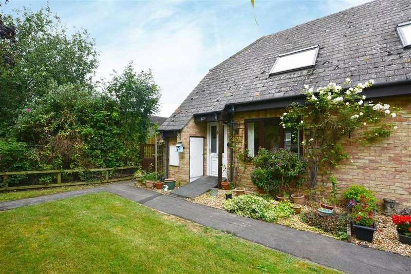 2 Bedrooms End Of Terrace House for sale in Fieldcourt Farmhouse, Courtfield Road