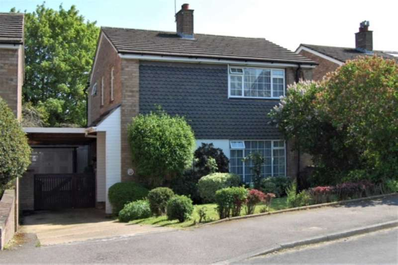 4 Bedrooms Detached House for sale in OVER 1350 Sq Ft in LEVERSTOCK GREEN with PARKING & GARAGE, HP3