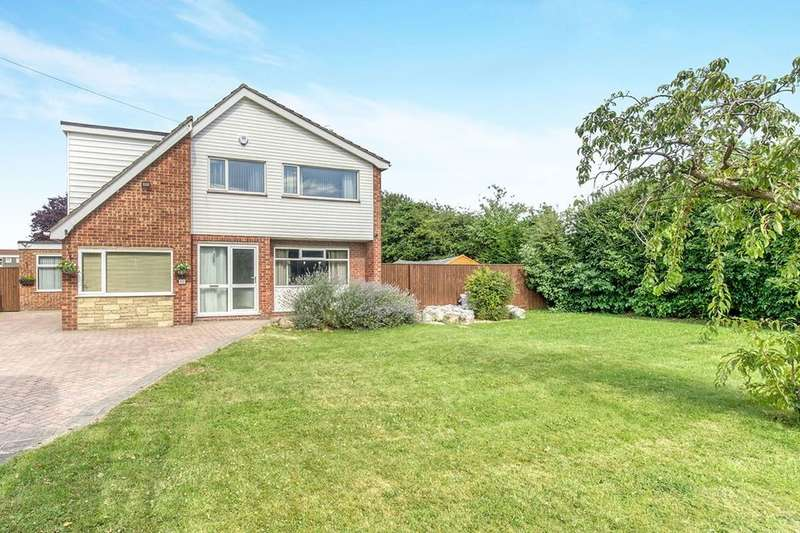 4 Bedrooms Detached House for sale in Winslow Drive, Immingham, DN40