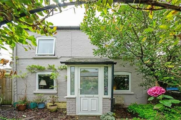 3 Bedrooms Detached House for sale in Dockham Road, Cinderford, Gloucestershire
