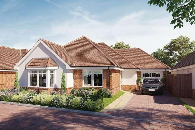 3 Bedrooms Detached Bungalow for sale in Solomon's Seal, Broadbridge Heath