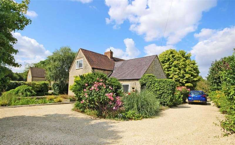 2 Bedrooms Chalet House for sale in Cirencester Road, Little Witcombe, GL3