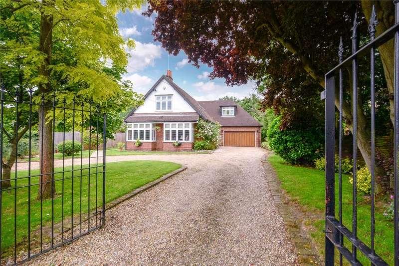 5 Bedrooms Detached House for sale in Robin Hood Way, Winnersh, Berkshire, RG41