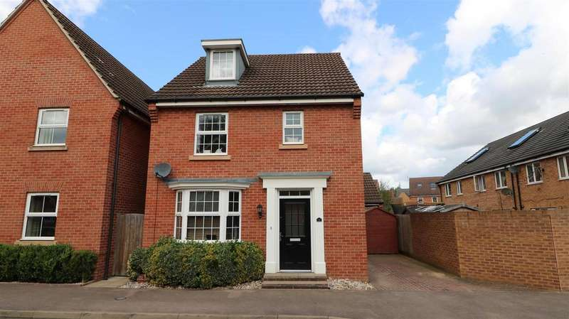 4 Bedrooms Detached House for sale in May Hill View, Newent