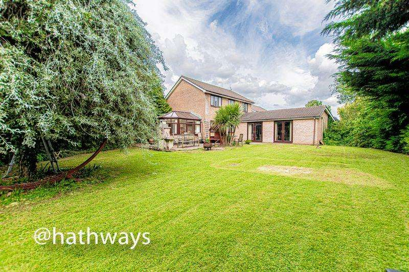 4 Bedrooms Detached House for sale in Springfield Close, Croesyceiliog, Cwmbran